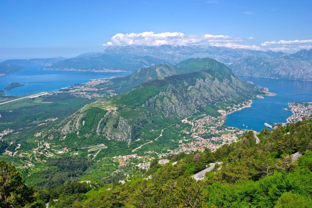 Bucht von Kotor nahe dem Nationalpark Lovcen