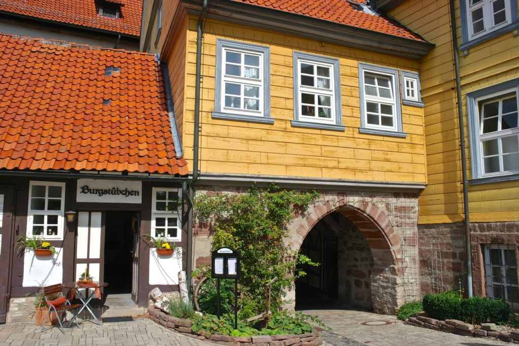 Restaurant auf der Bücherburg Katlenburg