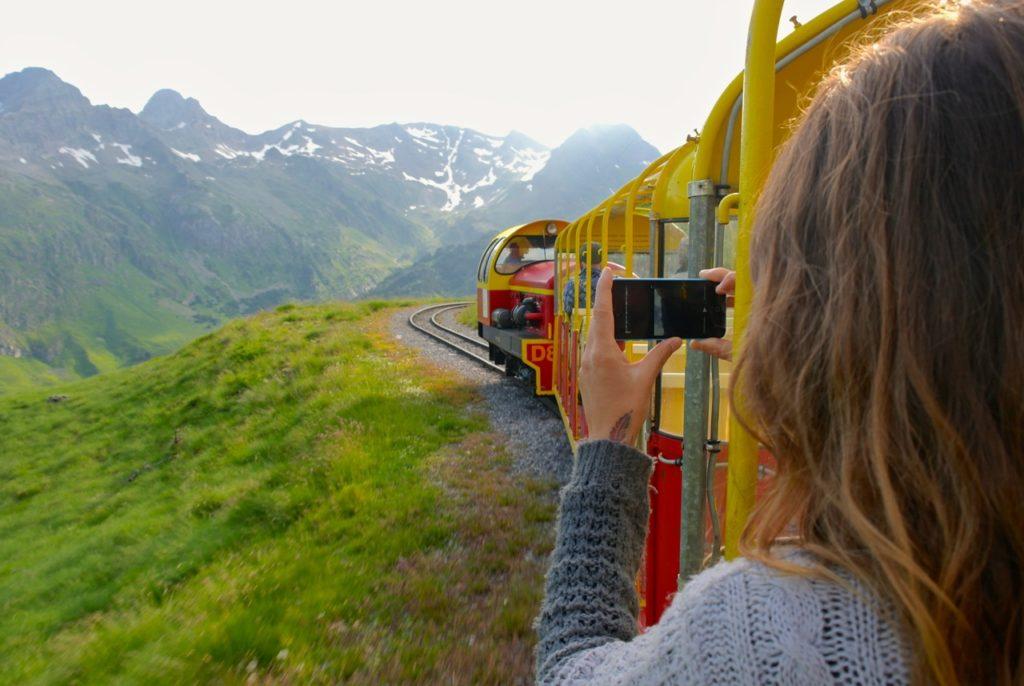 Bahnfahrt in die Pyrenäen