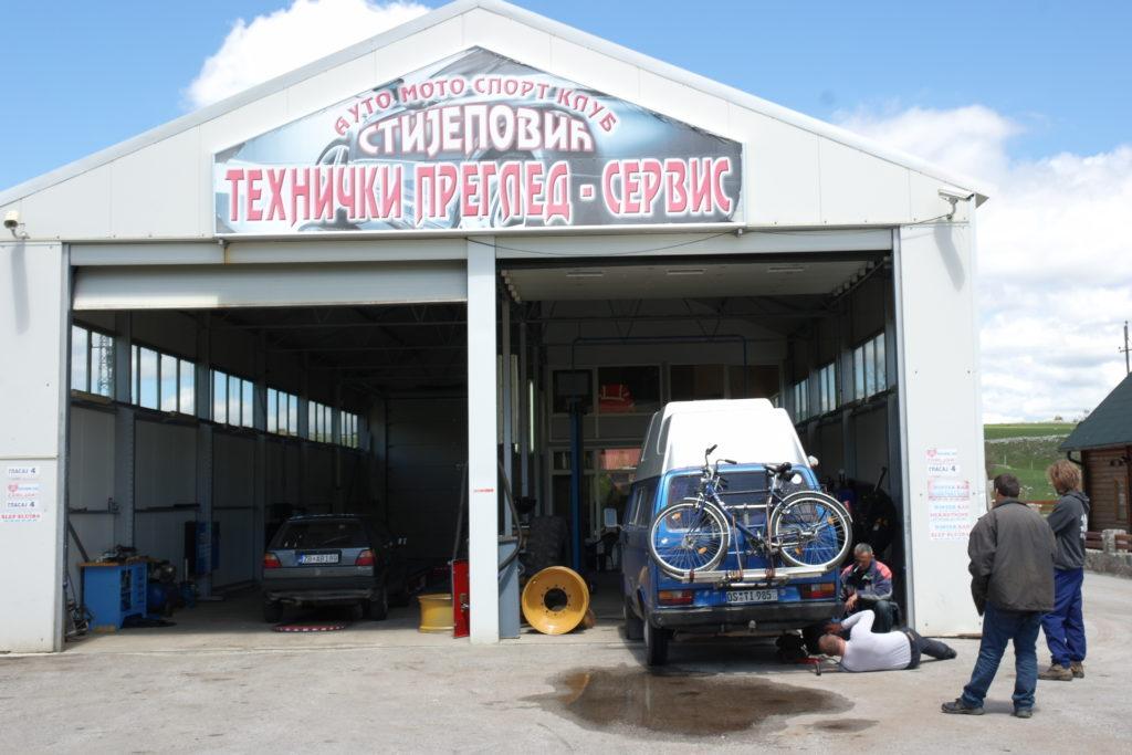 Autowerkstatt in Zabljak
