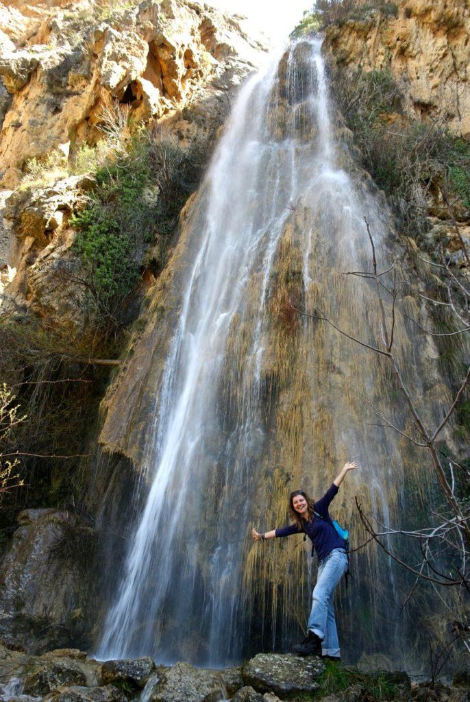 Beim Wandern in Andalusien trifft man auf Wasserfälle
