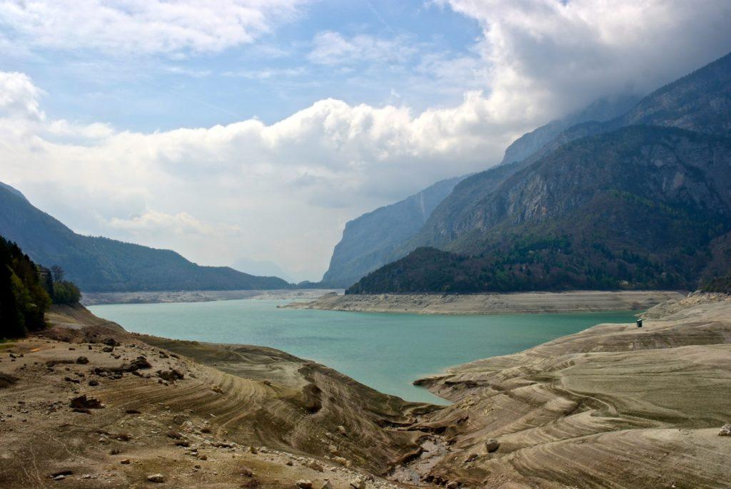 Kaum Wasser im Lago die Molveno