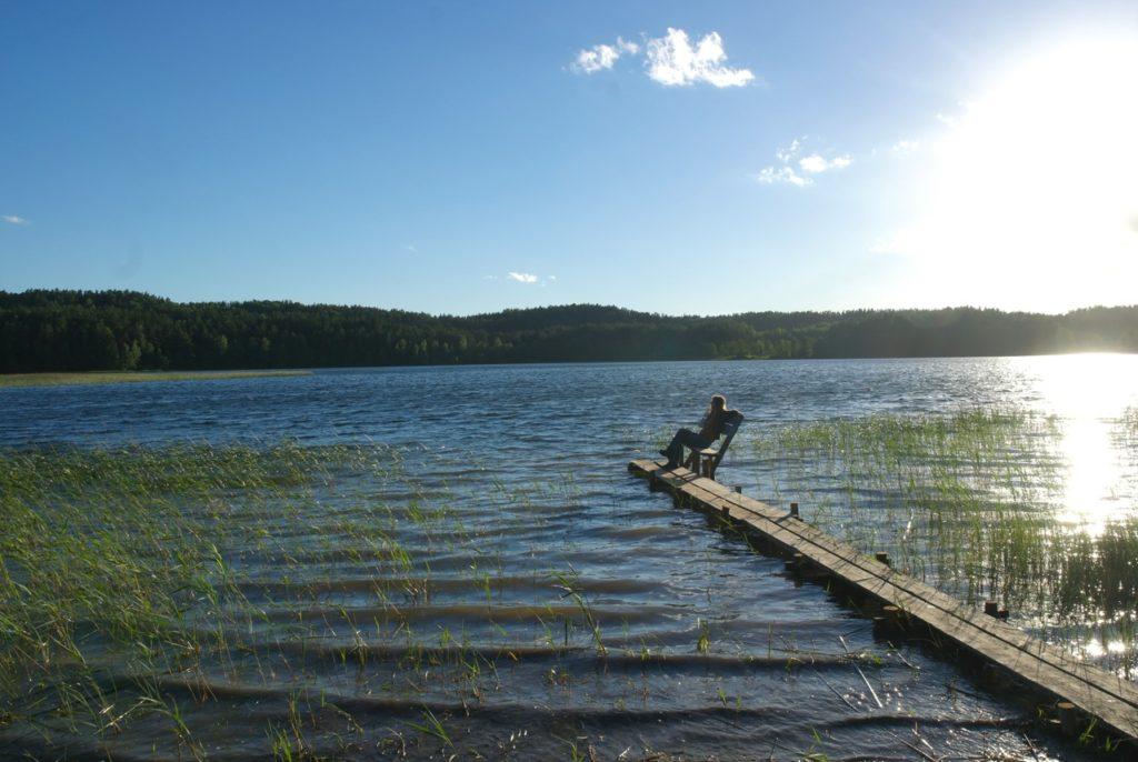 Steg am Almajas See