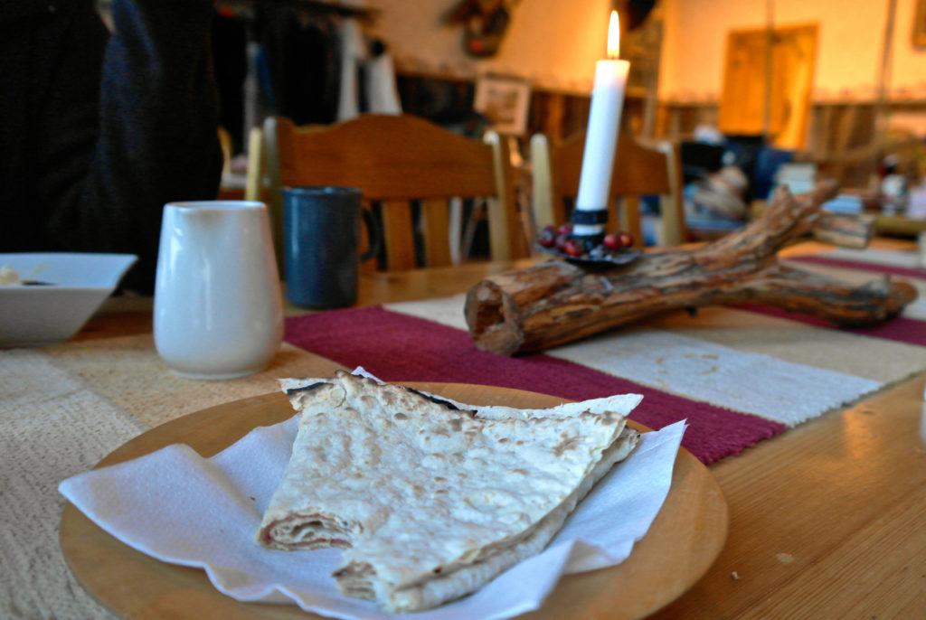 Tunnbröd im Vildmarkscafé