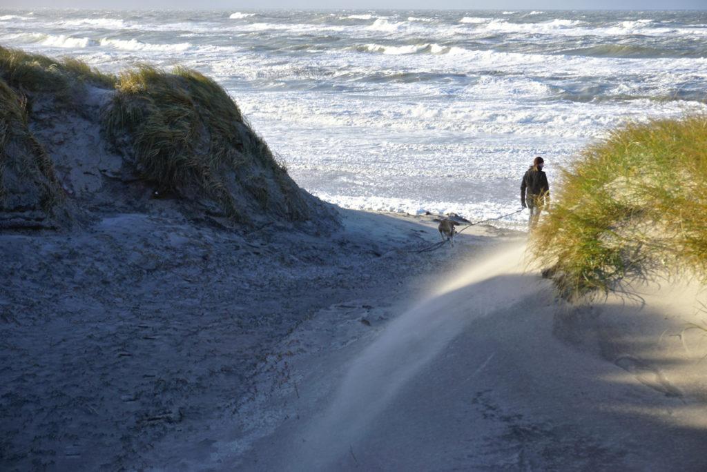 Strand bei Hvide Sande im Dezember