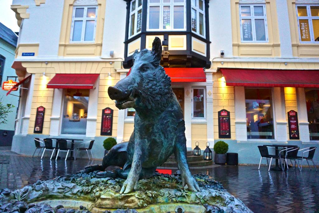 Schweine-Skulptur in Holstebro
