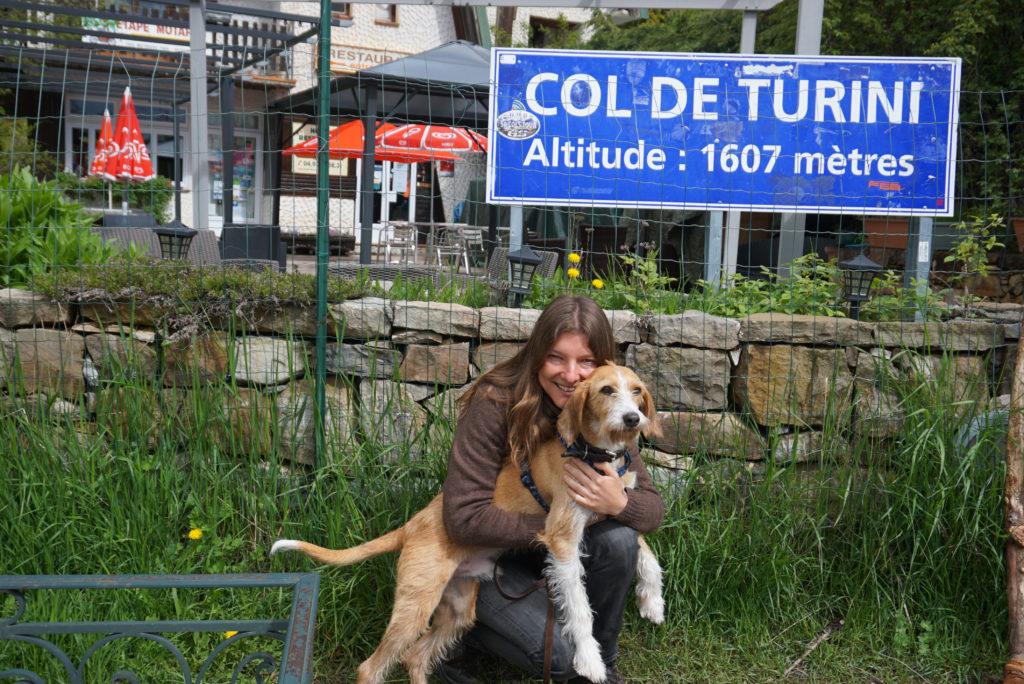Mit Hund auf dem Col de Turini