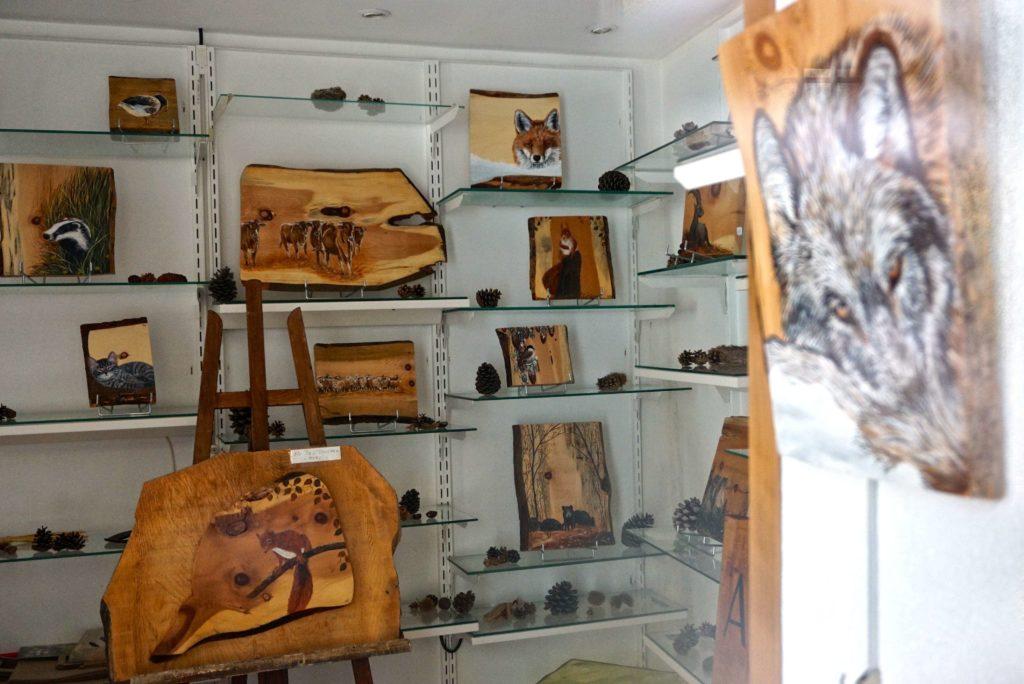 Atelier mit Holzmalerei in Saint Martin Vésubie
