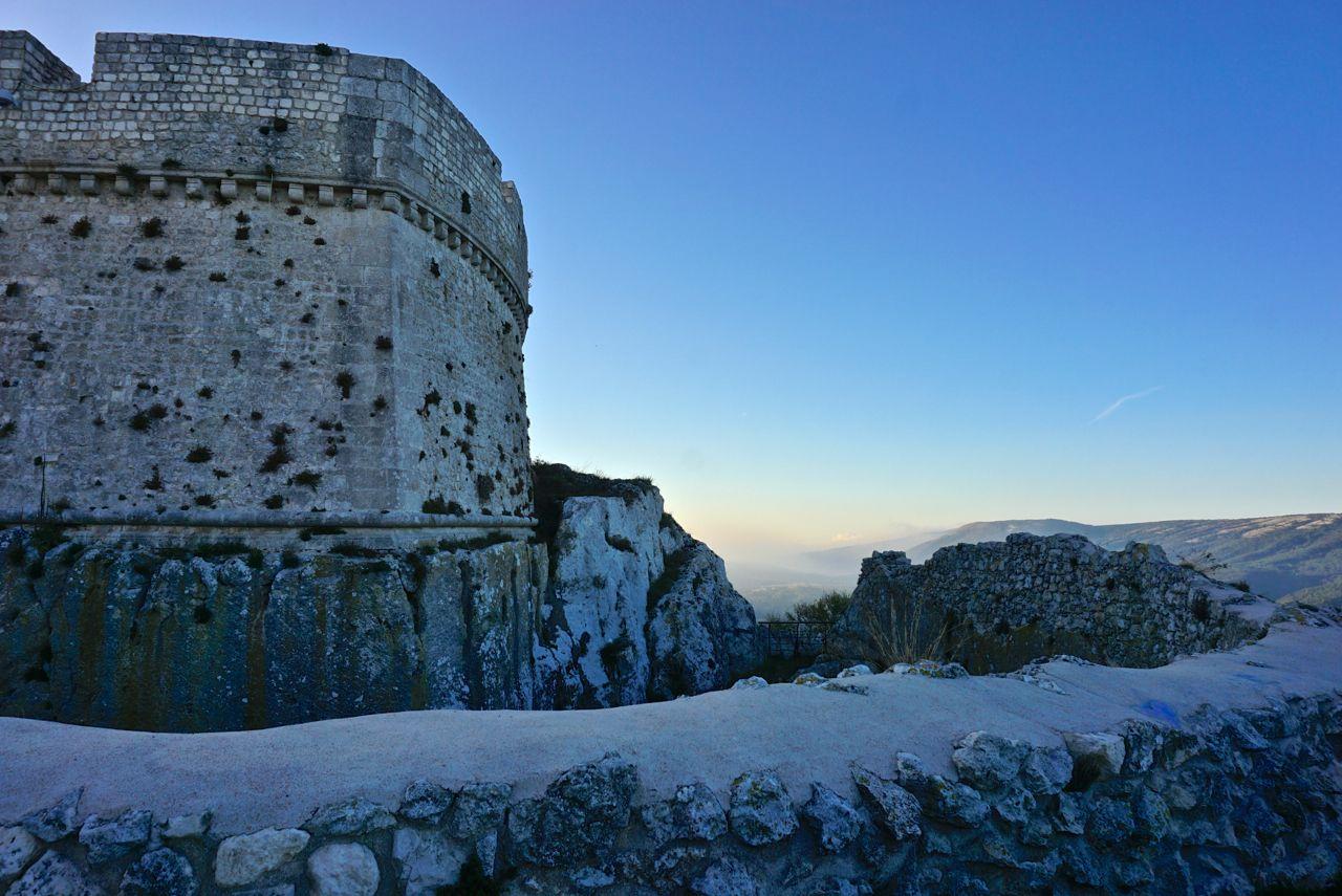 Burg in Monte Sant'Angelo, Italiens Stiefelsporn